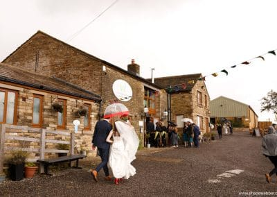 spring-wellbeing-farm-weddings00034