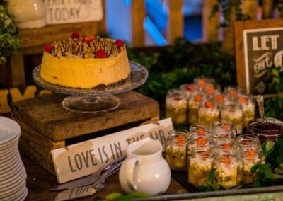 wedding-feast-fizz-wellbeing-farm00035