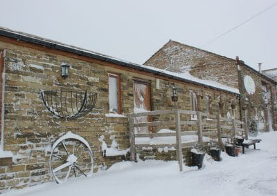 winter-wellbeing-farm-weddings00048