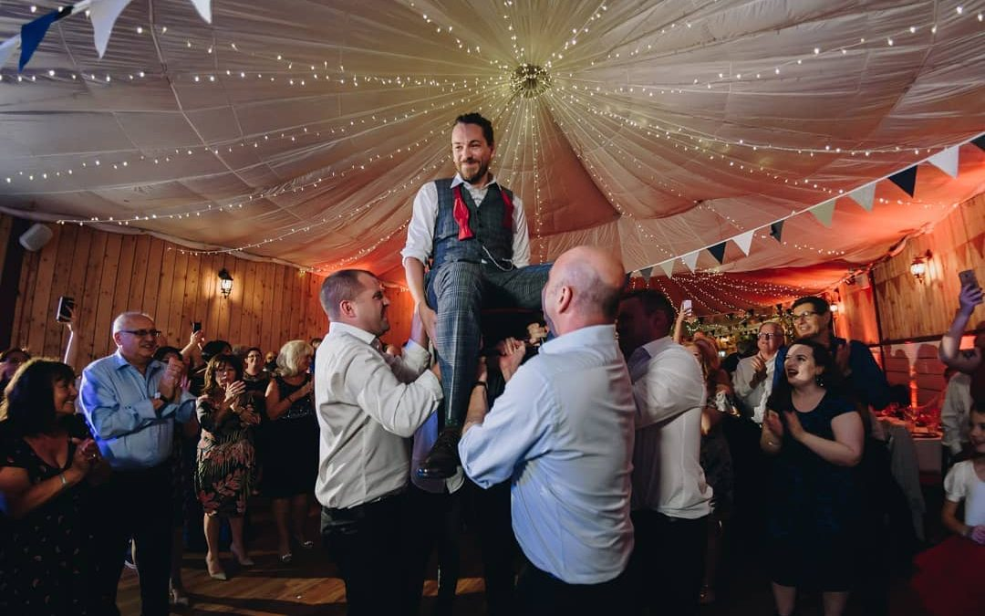 From chair dancing to hakas: the best wedding traditions from around the globe