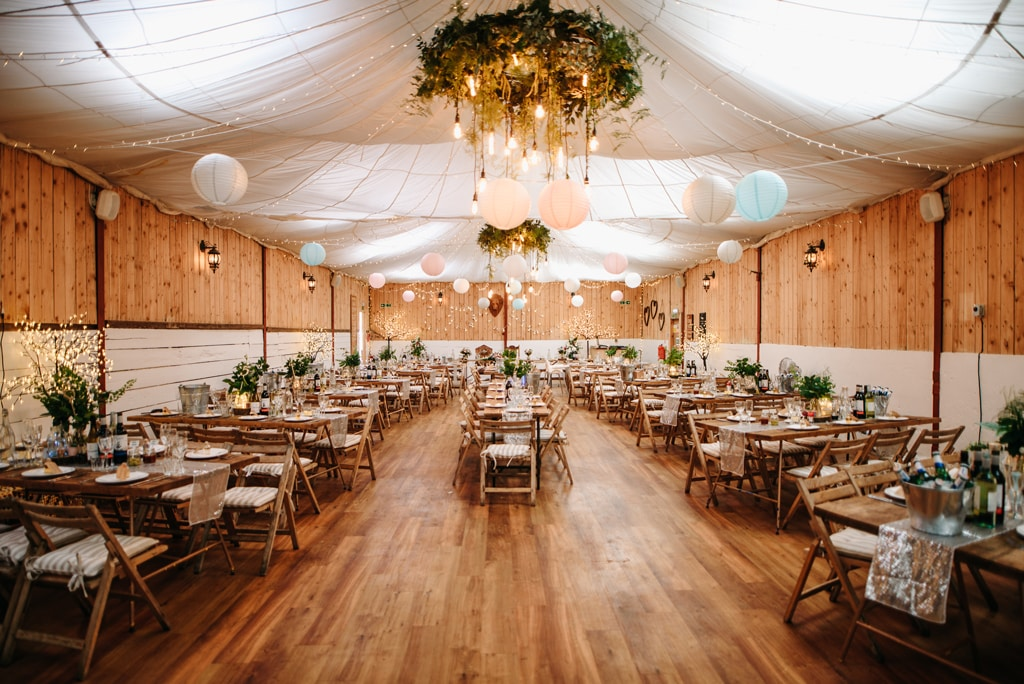 wellbeing-farm-wedding-barn5